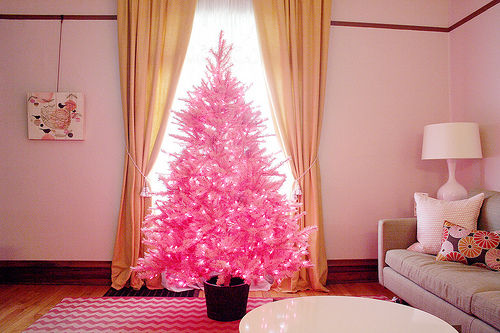 sapin artificiel rose