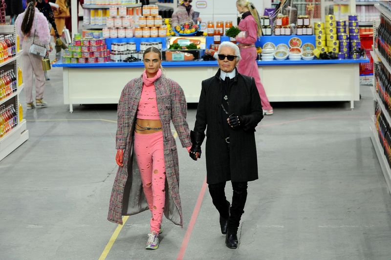 karl lagerfeld supermarché chanel grand palais source mydalily.co.uk