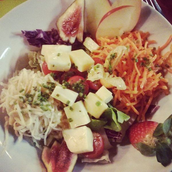 restobieres-bruxelles-salade-fromage-abbaye