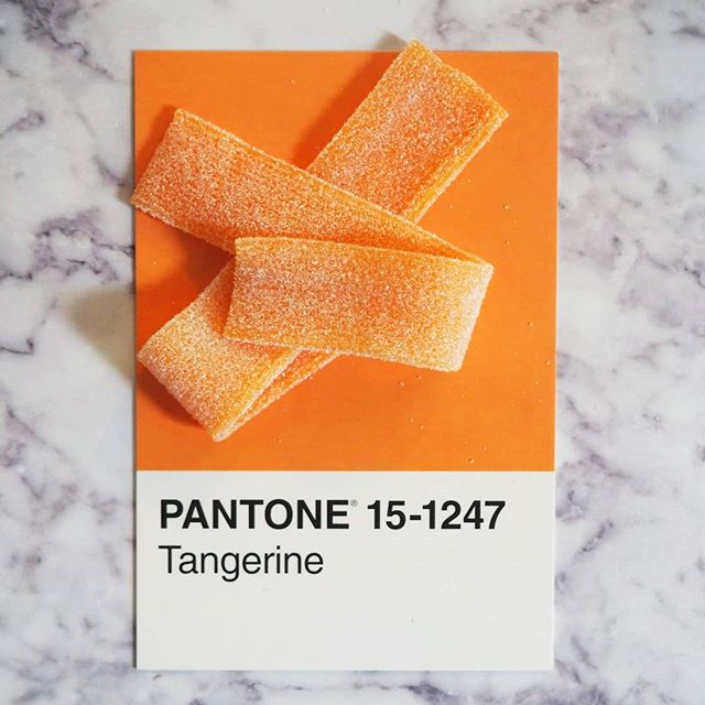 Haribo Orange Longfizz pantone orange