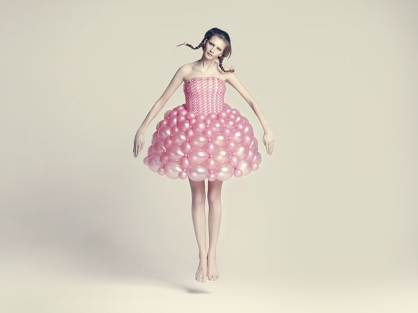 beautiful-balloon-dresses-by-ria-hosokai-05