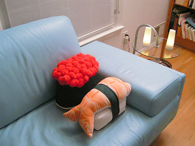 price_sushi_pillow_oncouch
