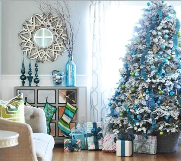 blue-christmas-tree