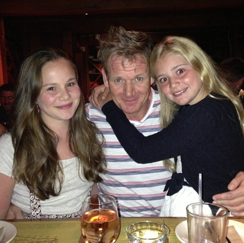 Holly, Gordon et Mathilda « Tilly » Ramsay