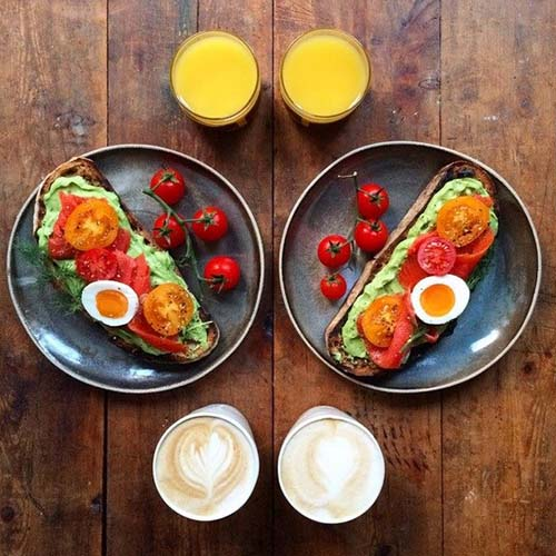symmetry-breakfast-tartine-avocat